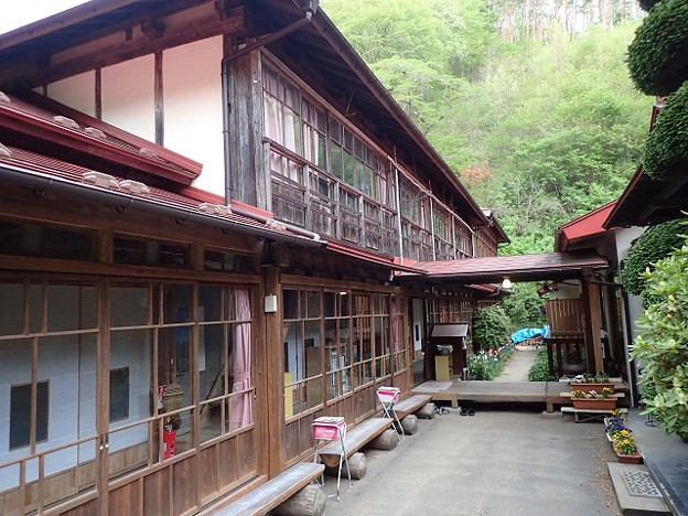あなたはどっち派?新旧日帰り温泉「鎌倉温泉」と「まほろばの湯」を比べてみた!