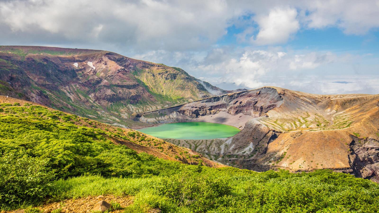 ทะเลสาปในปากปล่องภูเขาไฟ (โอคามะ)