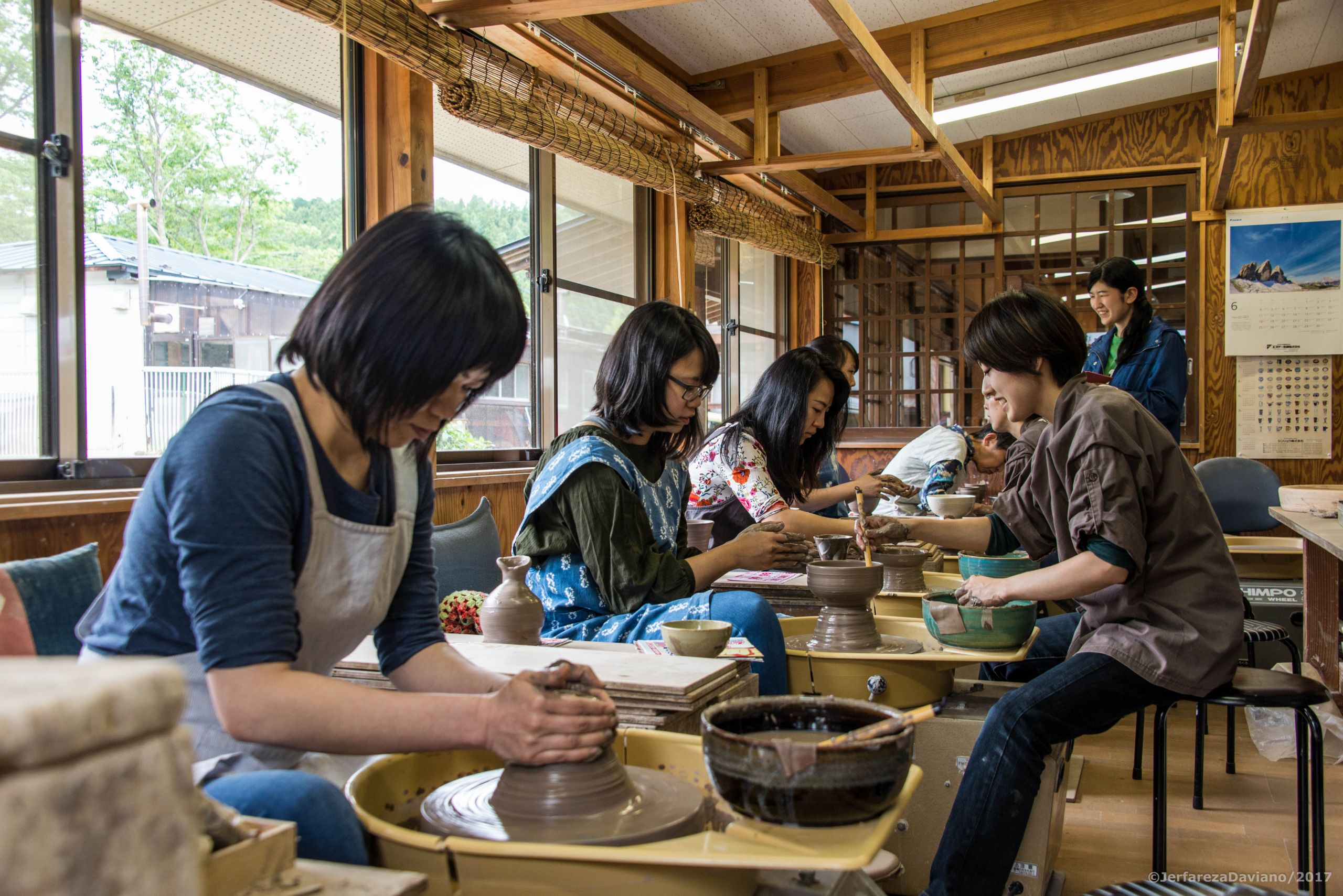 "【Zao Yaki   Manpu-gama】Let's make the only one vessel in the world. ""Hand Forming Pottery Experience"" that even beginners can enjoy"